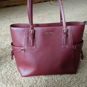 Michael Kors Leather Tote/Purse